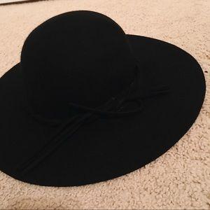 circle hat